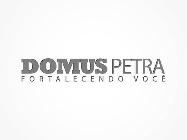 Logomarca Domus Petra