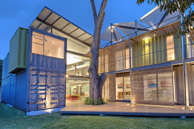 Casa Container InCubo, projetada por María José Trejos em Escazú - Costa Rica