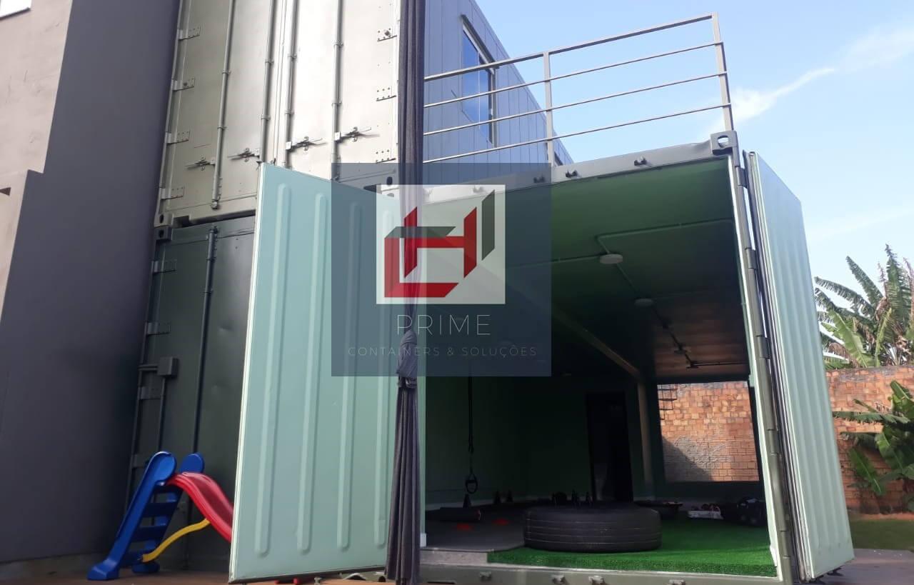 Academia em container
