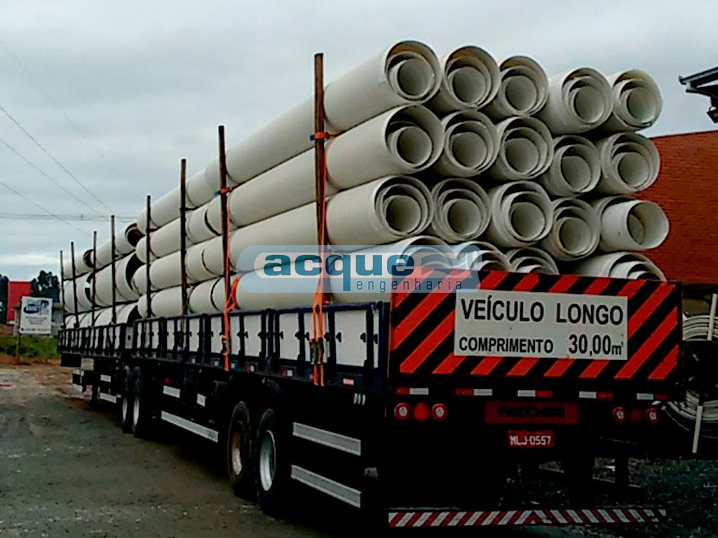 Transporte dos Tubos de PVC BRLoc